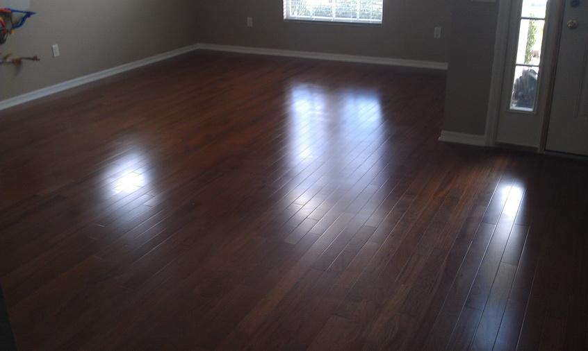 Residential wood floor installation paramount flooring for Residential wood flooring